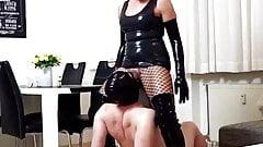 Daynia piss on slave