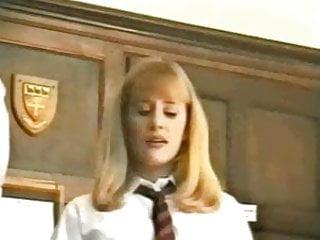 Karisma kapoor gets her arse spanked - Naughty schoolgirls arse spanked