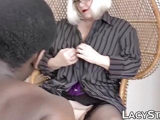 Cum on big black ass - Mature british hottie impaled on big black cock hardcore