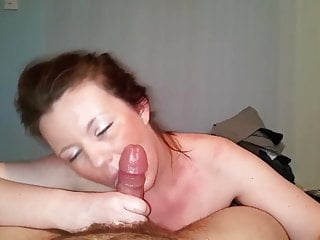 Erotic ponytail Ponytail bint chugs cock