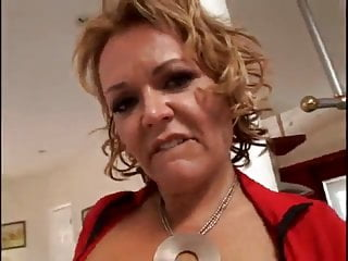 Lingerie and leigh bantivoglio - Kelly leigh anal sex milf blonde