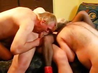 Relato bisex - Older bisex group