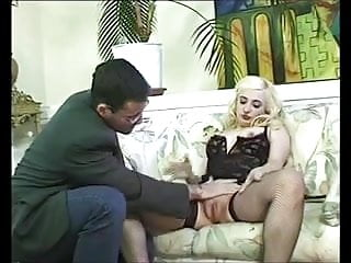 Spayed dog with swollen vulva A slut with swollen pussy fucks with a businessman