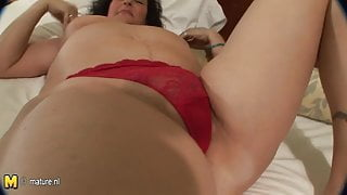 Busty mature stepmothers going to take young cock