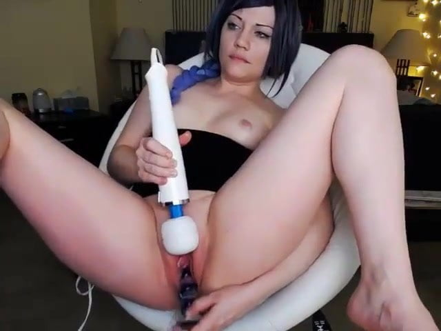 Watch girls use a dildo vibrator