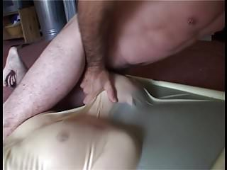 Free porn housewife vac Girlfriend getting used in a vac bed