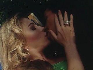 Gay anal cum movies Amiche del cazzo. vintage italian classic movie