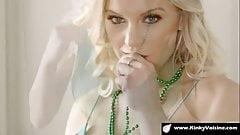 Blonde beauty loves morning sex