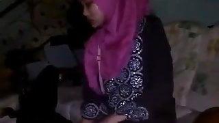 Beautiful Muslim Wife Blowjob