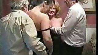 Amateur English Slutwife Gangbang - Yvette