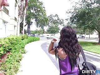Latina escort ny Dirty flix - adriana lynn - ny hottie pays for room with sex