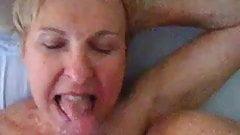 Slut Mature married Wife love sucking cock and cum