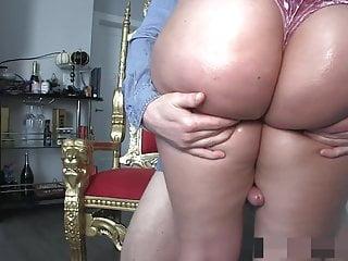 Milfs humping men - Humping big juicy thighs