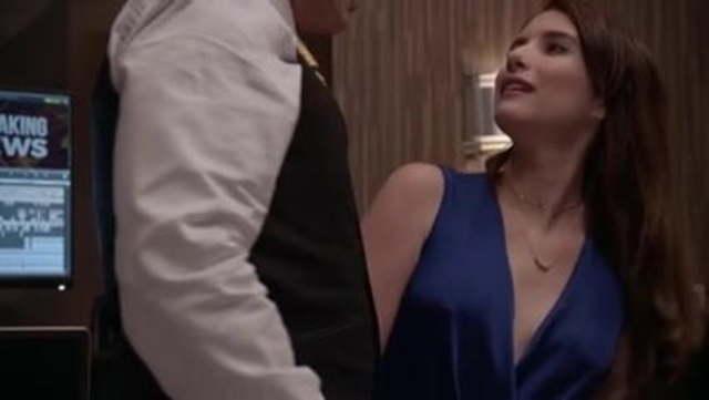 Emma Roberts Nipple