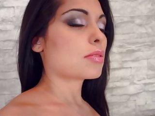 Arab amateur sex videos - Big natural arab boobs slut