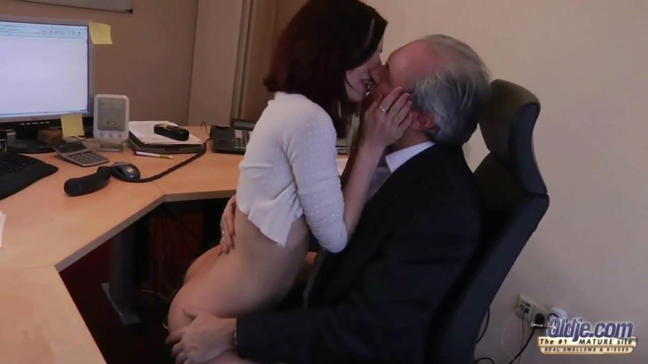 Black Secretary Fucks Her Boss