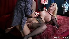 Hot Big-tit & ass blonde Emo slut Tristyn Kennedy fucks hard
