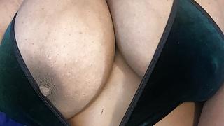 Beautiful BBW Natural Tits