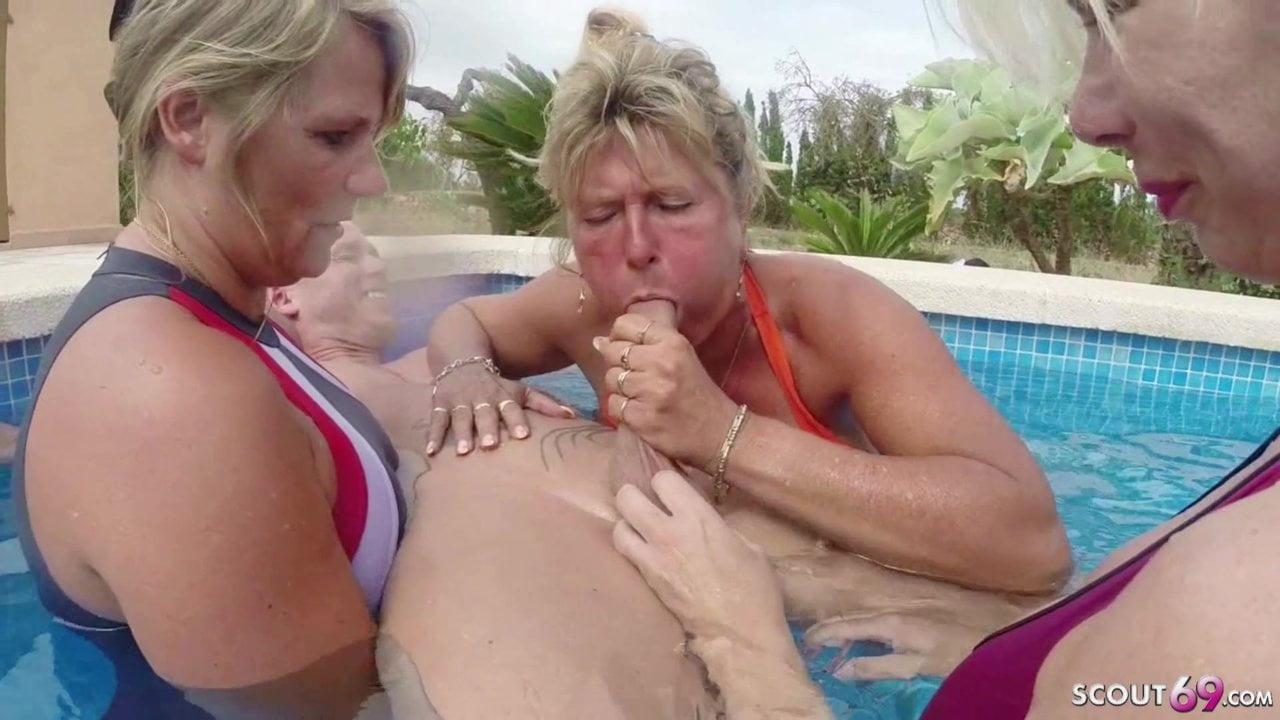 Free download & watch three german milfs help guy to cum on holiday in fffm          porn movies