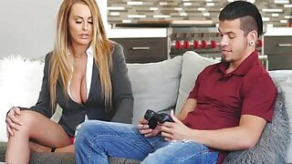 stepmom anal pounded by loser stepson hardcore big dick