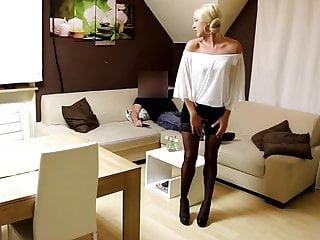 Fetish for stockings Verfickte nylonschlampe geknallt bis zum xxl facial