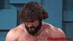 Blond muscular jock gets his hole banged by hairy hunk