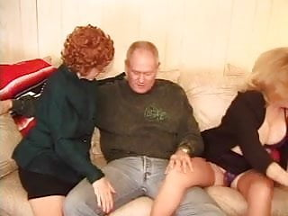 Adult phone entertainment - Two grannies entertain at home