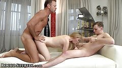 Deep Fuck, Steamy Threesome Casting Of Jenny Wild
