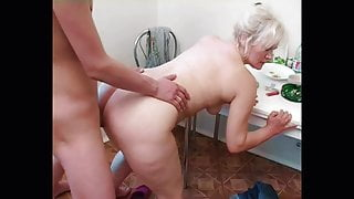 Russian step mom Lena alternates between young cunt hunters