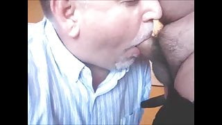 Daddy bear sucks off latino chub