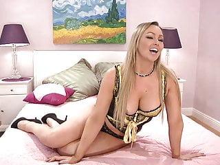 1on1 sex talk live Live cam talk