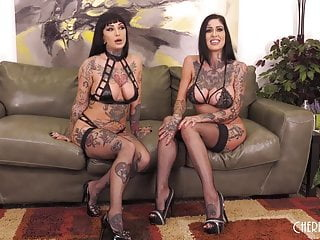 Scissors blowjob Busty inked babes riding sybian and scissoring in live show