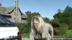 He screws old mother-in-law outdoors