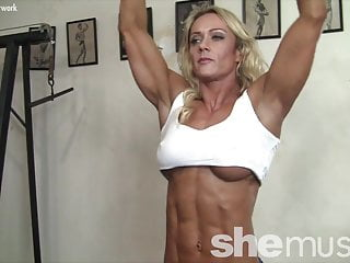 Black sexy female - Sexy female muscle cougar works out