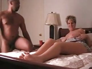 Gay foot tapping rules - Hot curvy cougar tapped by bbc