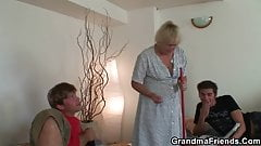 Very old skinny granny takes 2 cocks from both ends