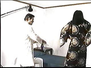 Porn artist doing the splitts Minka - the french artist vhs 1997