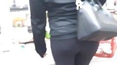 Blonde black leggin