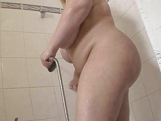 Repairman porn Blonde bbw-milf with the repairman