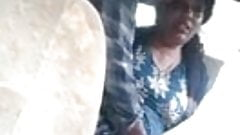Mallu Aunty in Car with Boyfriend