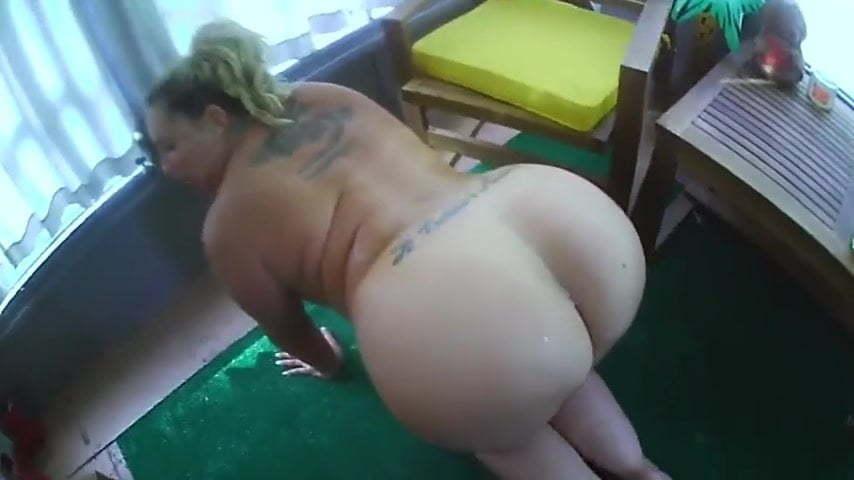 Big Ass Facesitting Goddess