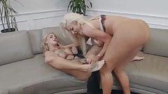 Bonnie Rotten & Nicolette Shea - Lesbian Squirting