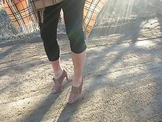 Vince neils penis - Vince cameuto peep toe shoes