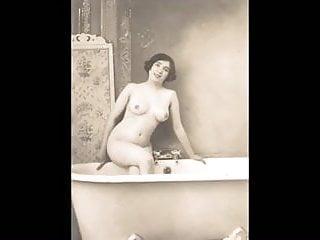 Nude cart wheel Cartes postales - vintage
