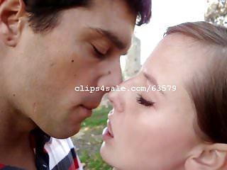 Asian p rn - Kissing rn video 2