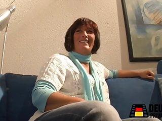 Latex poker mit dem fetisch dvd Raus aus dem leben, rein mit dem dildo