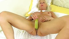 GILF Granny Elaine Hot Fun With Banana - CoViD-88
