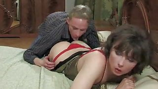 Amateur TS rides her mans tool