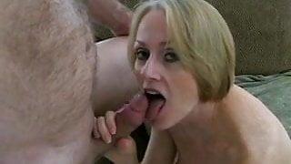Melanie's Deep Cunt Injection