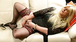 A Lovely Stocking-Clad Orgasm With CD Carolyn